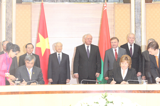 Viet Nam and Belarus signed Action Plan to implement Agreement on Cooperation in Information and Communications