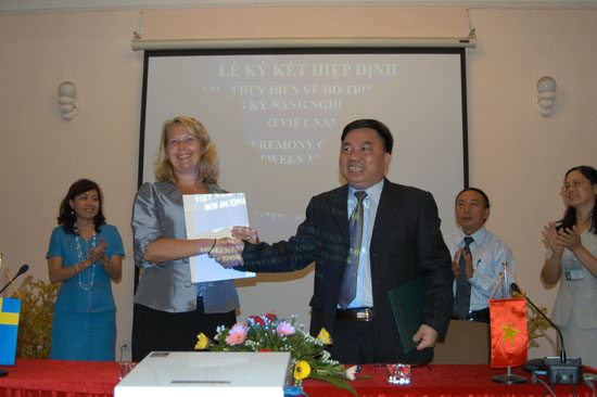 Viet Nam - Sweden to boost cooperation in press information