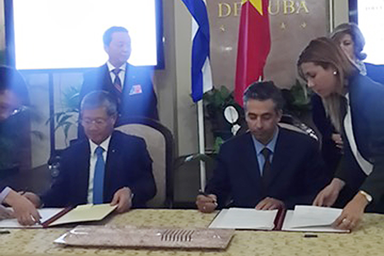 Viet Nam - Cuba strengthen cooperation in Posts and Telecommunications